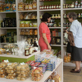 20120629_economy_mini-mkt_greece_006